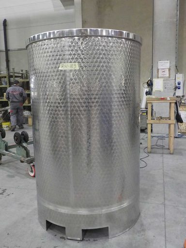 Back view of a 1500 L stainless steel Letina PV forklift transport tank with a lifting skirt.
