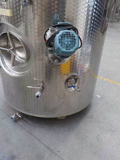 Stirrer and valves on a 2800 L stainless steel Letina T charmat tank.