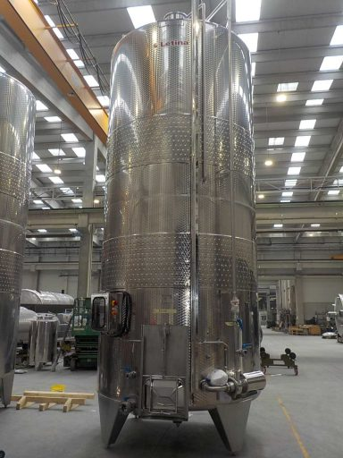 Front view of a 27000 L stainless steel Letina VIK pump-over fermenter.